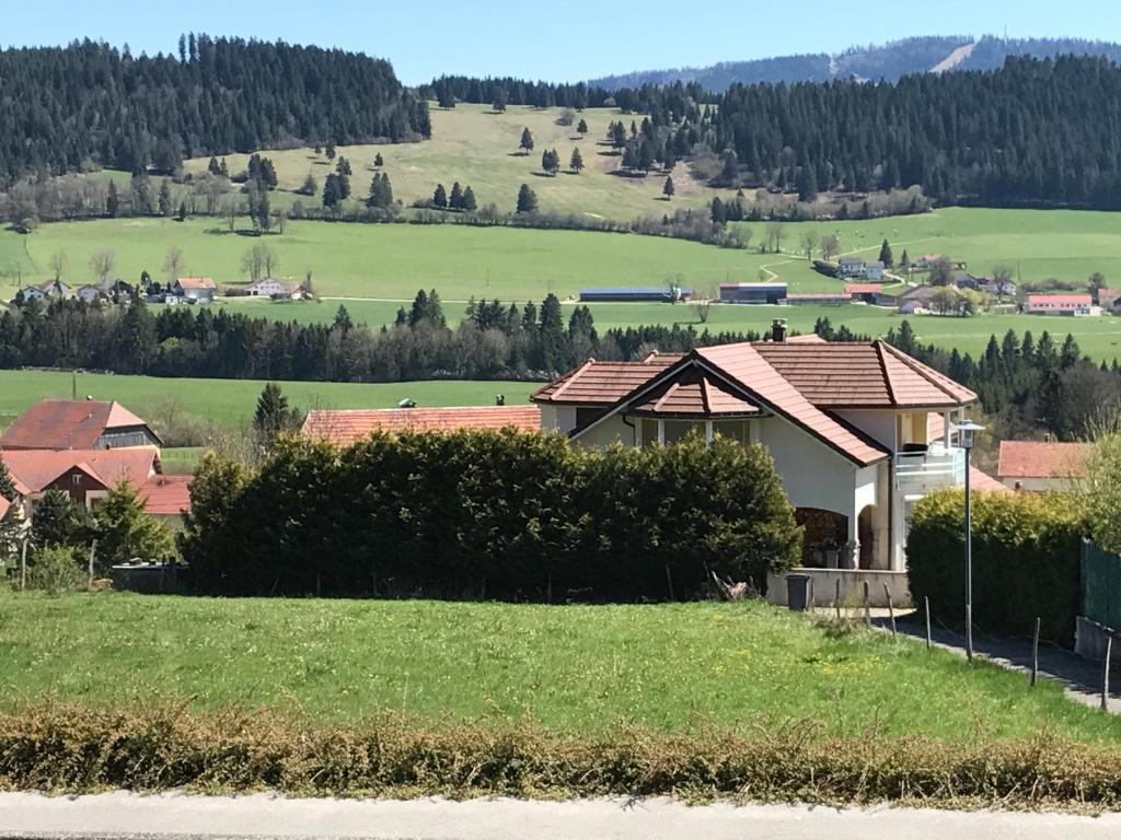 Apartments In Villers-le-lac Franche-comté