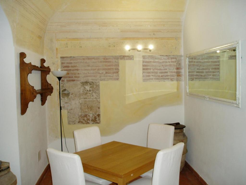 Apartment Tra il fiume e la storia, Pisa, Italy - Booking.com