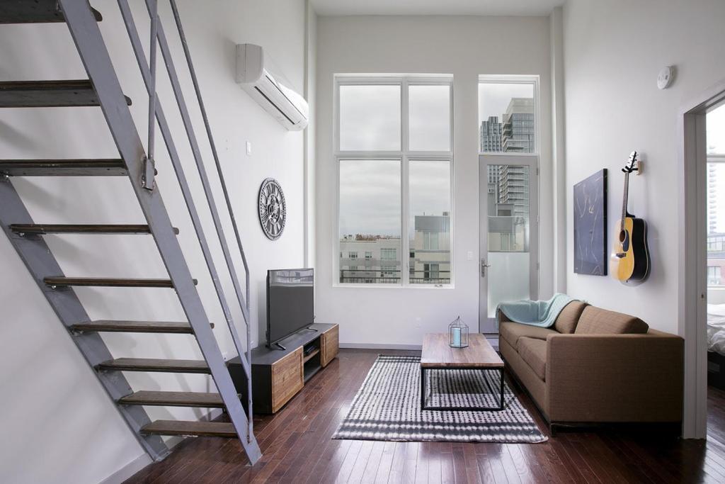 1 Bedroom Williamsburg Loft. Apartment 1 Bedroom Williamsburg Loft  Brooklyn  NY   Booking com
