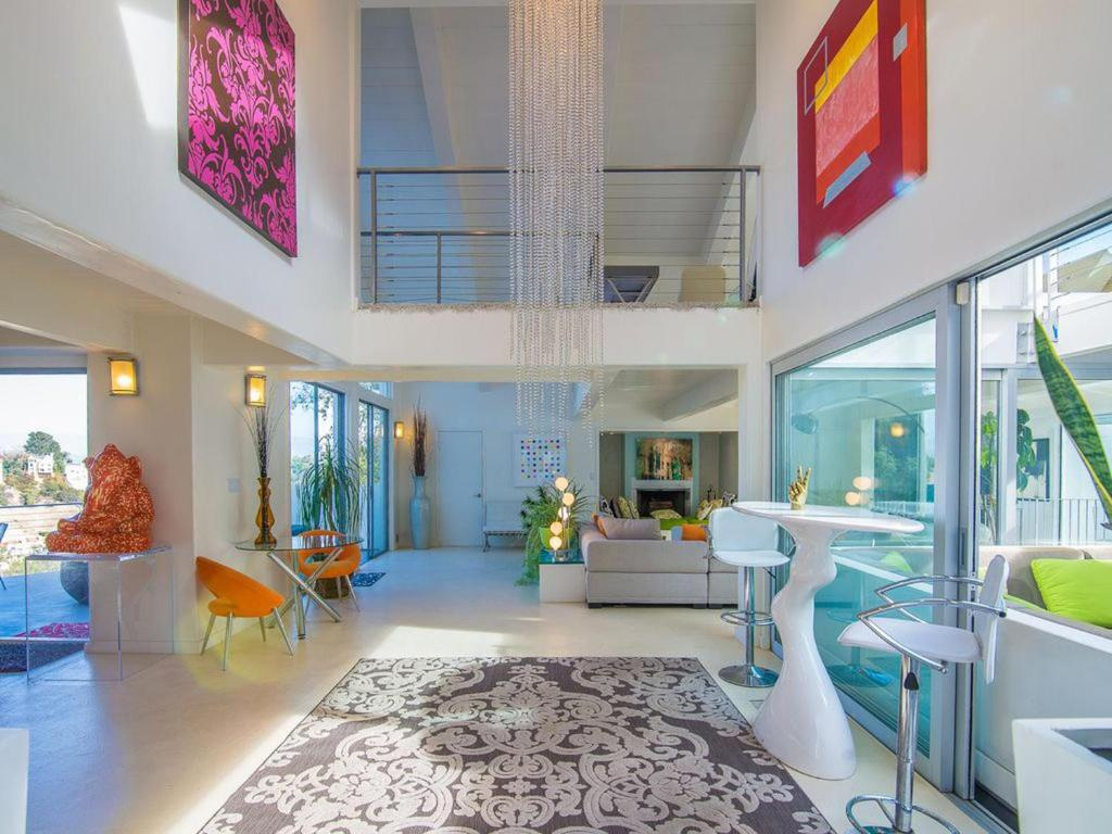 Vacation Home Chic, Modern Estate Hidden Down Private Lane, Beverly ...