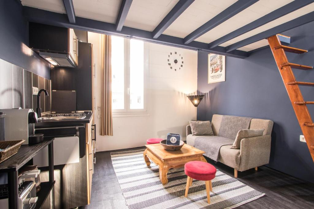 Ferienwohnung Studio Mezzanine Bleu (Frankreich Roquebrune-Cap ...