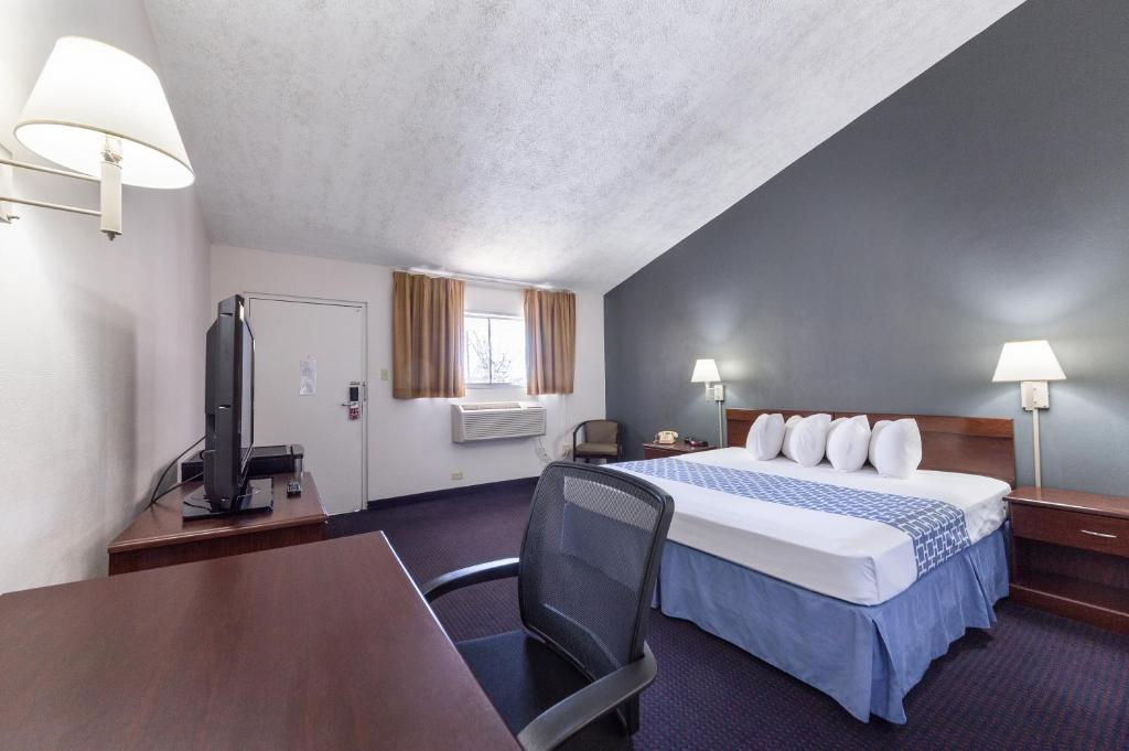 Parkview Inn And Conference Center Allentown Pa Bookingcom