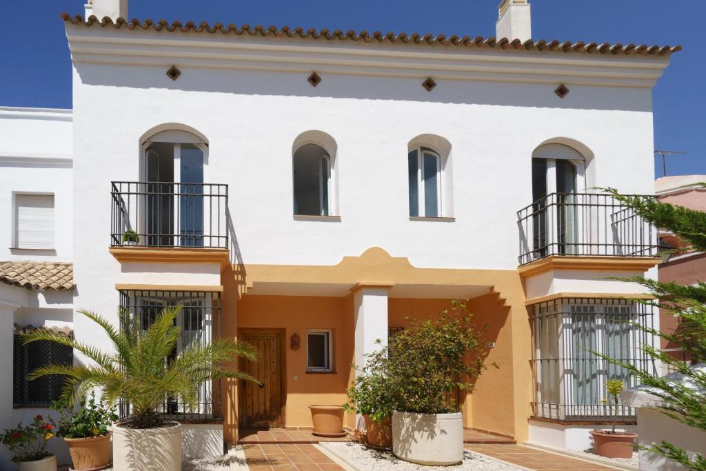 Casa de Férias Adosada en Bahía de Marbella (Espanha ...