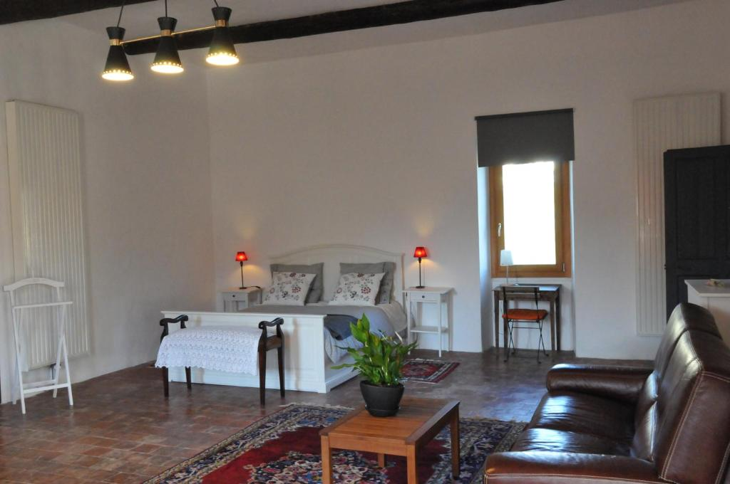 nakvynės su pusryčiais namai chambre d'hôtes la peyrouse