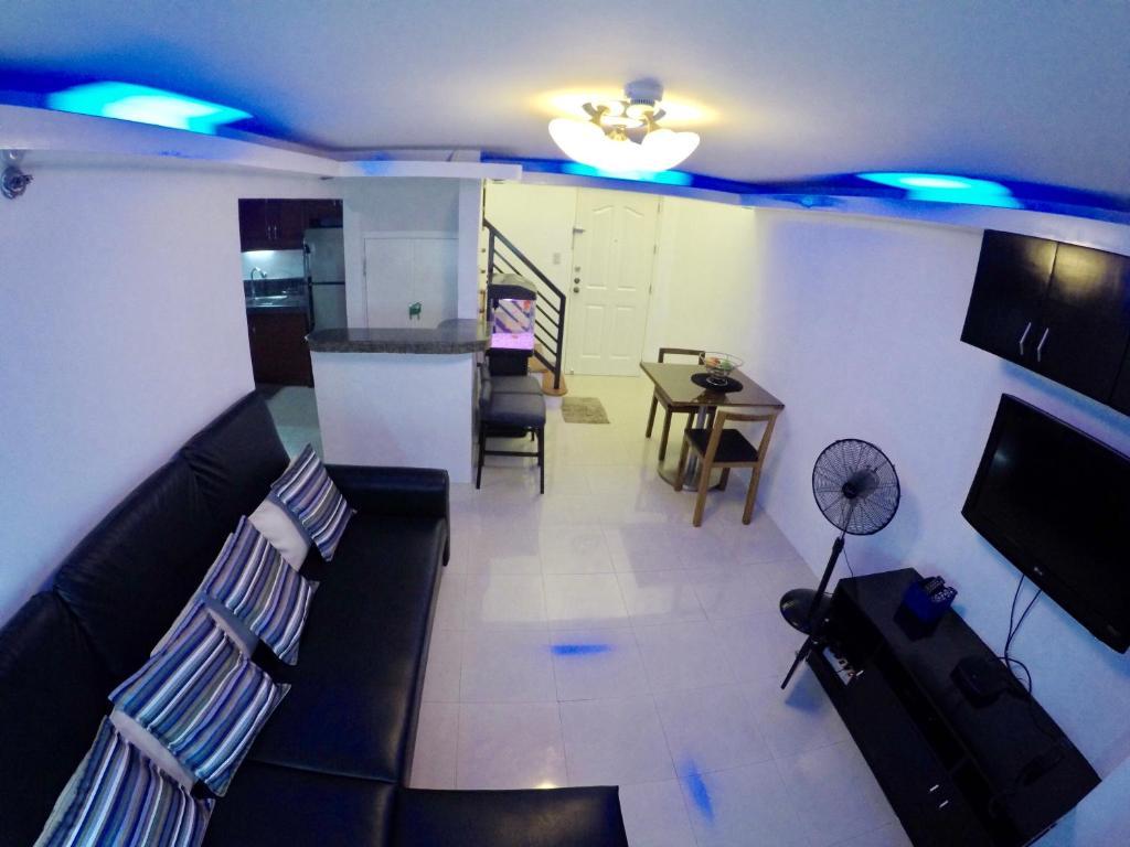 Apartment california garden square manila philippines for Hotel b design