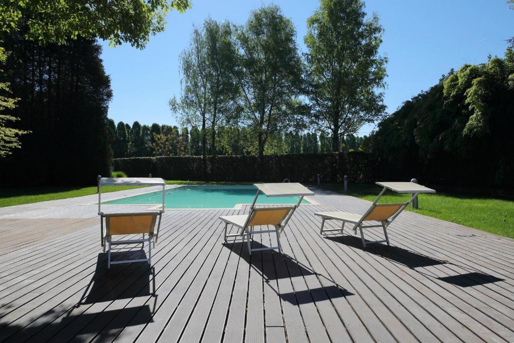 Appartamento casa incantata sul lago italia ispra for Disegni casa sul lago
