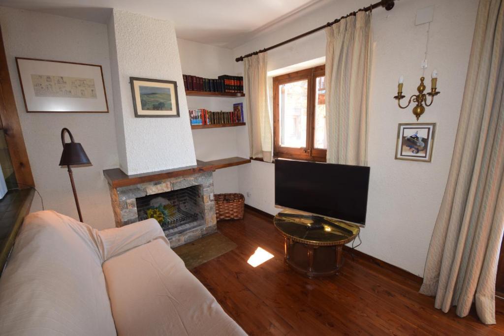 Casa de Férias Casa Pleta de Saga (Espanha Pi) - Booking.com