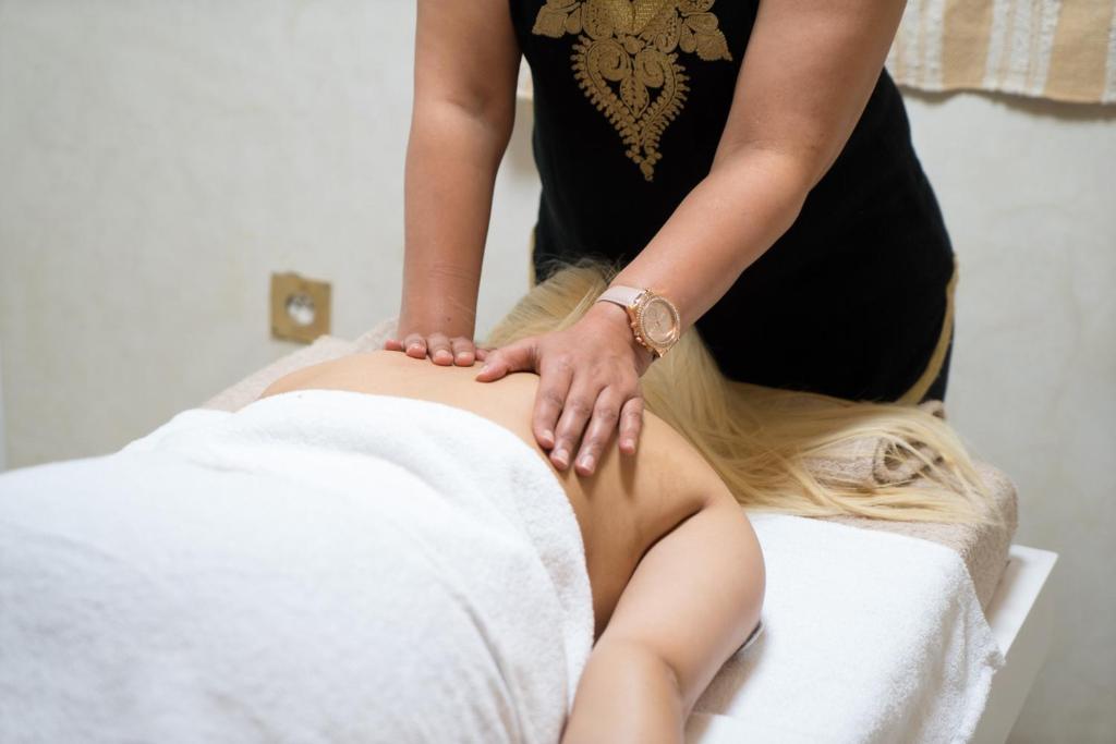 massage med svensk afslutning