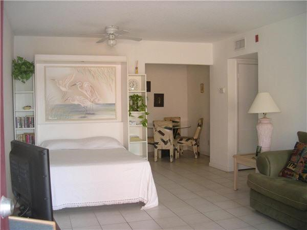 Gallery Image Of This Property 27 Photos Close The Marlin Cocoa Beach