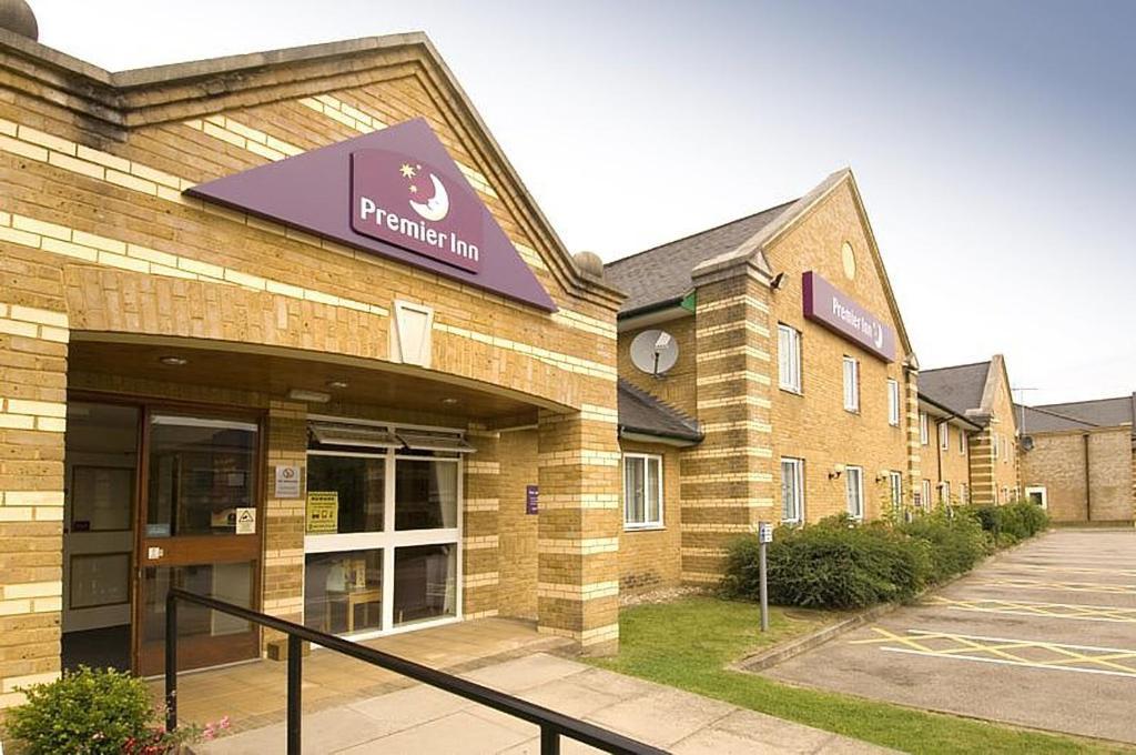 Premier Inn Aldershot Uk Booking Com