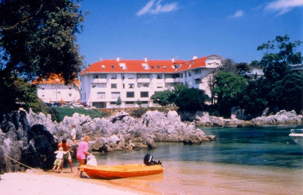 Apartments In Beranga Cantabria