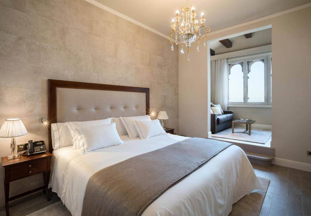 boutique hotels in barcelona  16