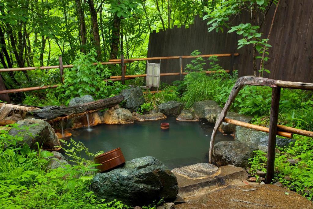 ポイント1.開放感抜群の天然温泉