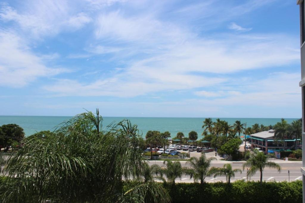 Apartments In Bonita Shores Florida