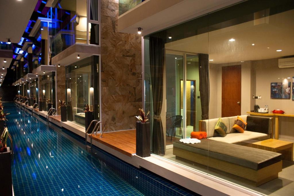 The swimming pool at or close to P10 Samui
