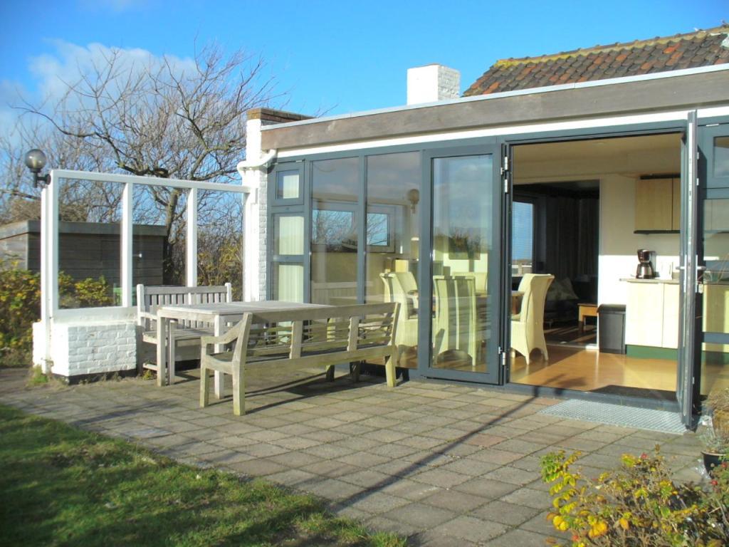 ferienhaus bellevue niederlande bergen aan zee. Black Bedroom Furniture Sets. Home Design Ideas