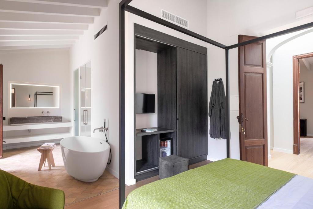 2019 mallorca neu hotel er ffnung renovierung neue hotels for Aussenpool komplett