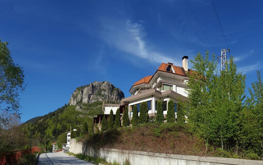 Хотел Кристал - Смолян
