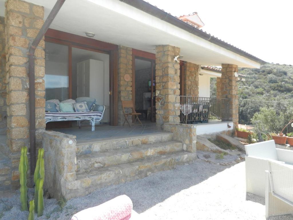 Villa Giglio Rosso, Campese, Italy - Booking.com
