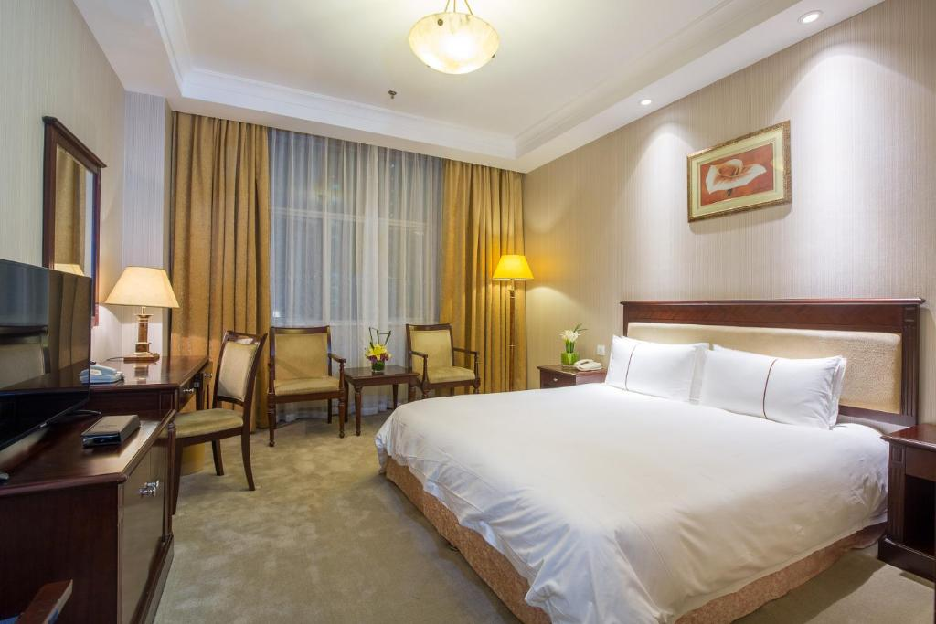 golden riverview shanghai china booking com