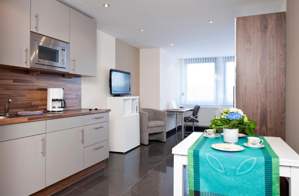 Appartements am kleeblatt wuppertal germany booking com