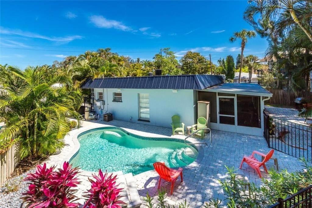 Apartments In White Beach Florida