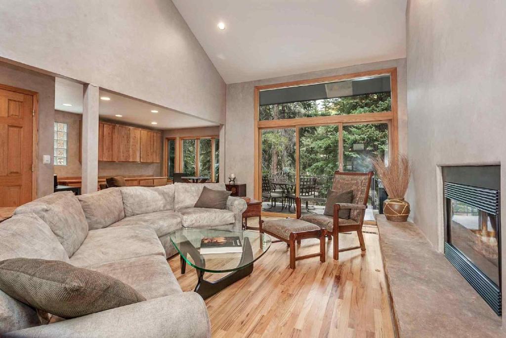 Apartments In Bighorn Colorado