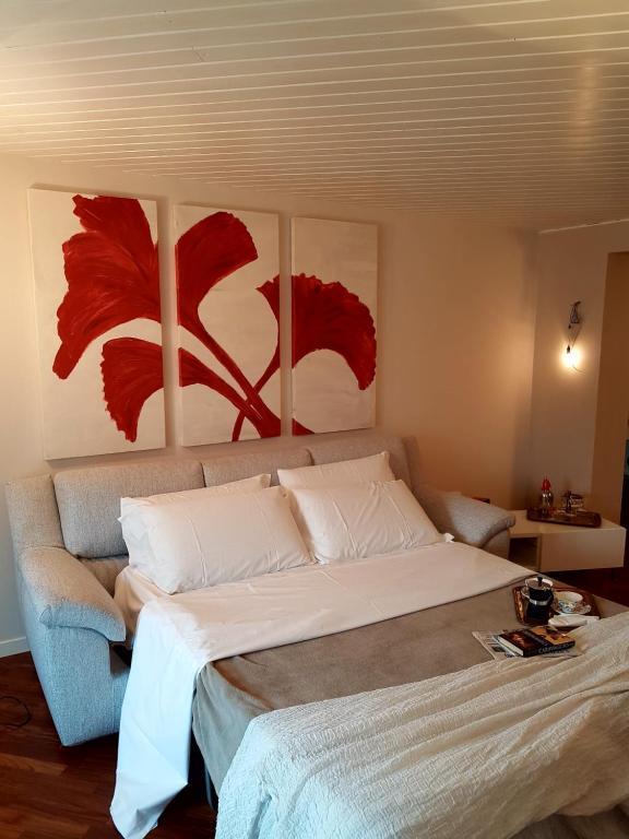 Guesthouse Ai Propilei Central Rooms, Bergamo, Italy - Booking.com