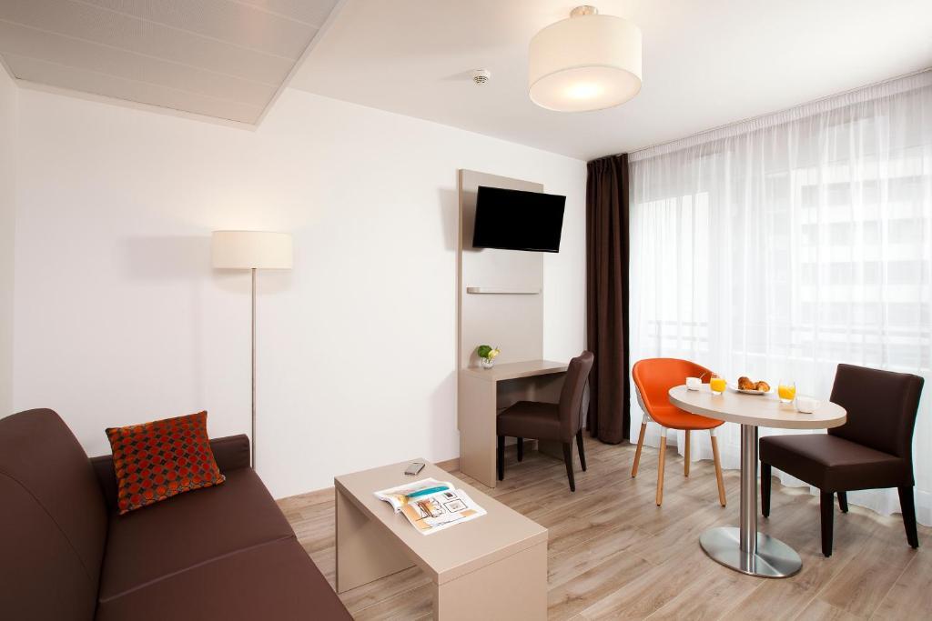 residhome paris rosa parks paris tarifs 2019. Black Bedroom Furniture Sets. Home Design Ideas