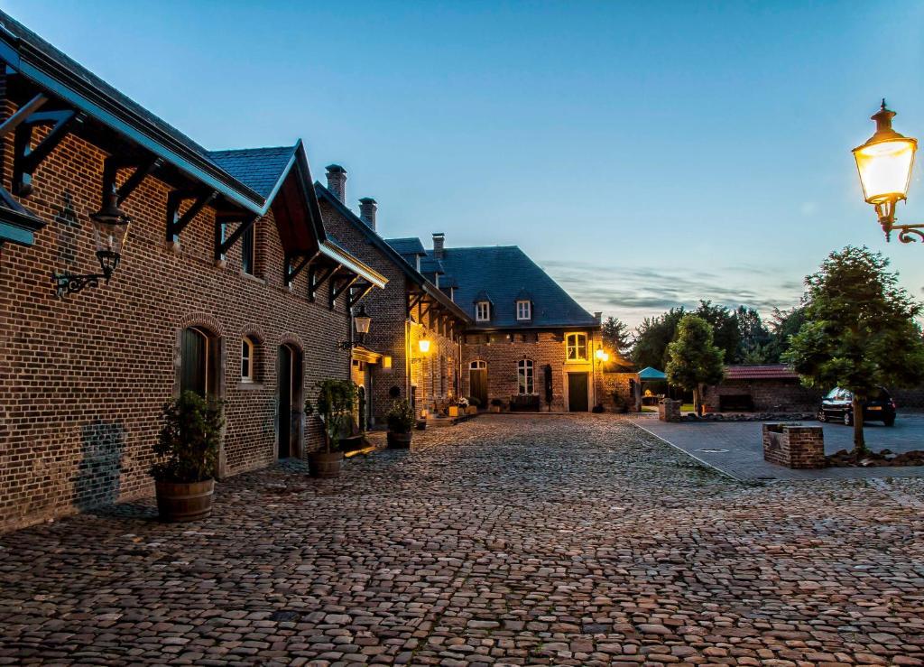 Bed And Breakfast B B Kasteelhoeve Borgharen Maastricht