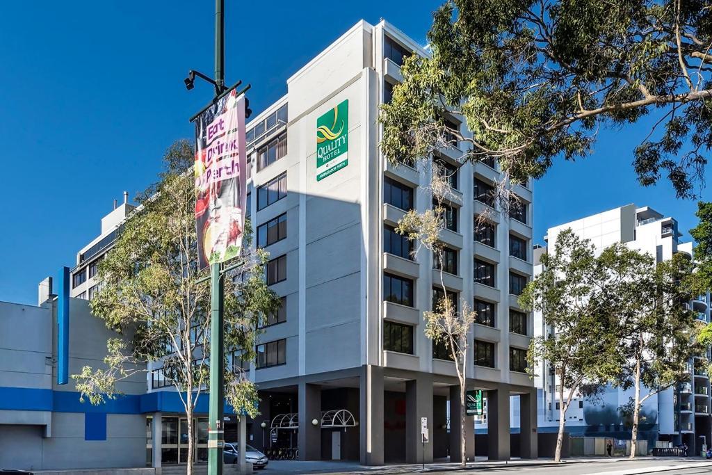Quality hotel ambassador perth australia for 196 adelaide terrace perth