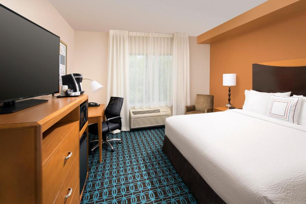 Fairfield InnWashington Washington DC DC Booking Interesting 2 Bedroom Hotel Suites In Washington Dc Style Property