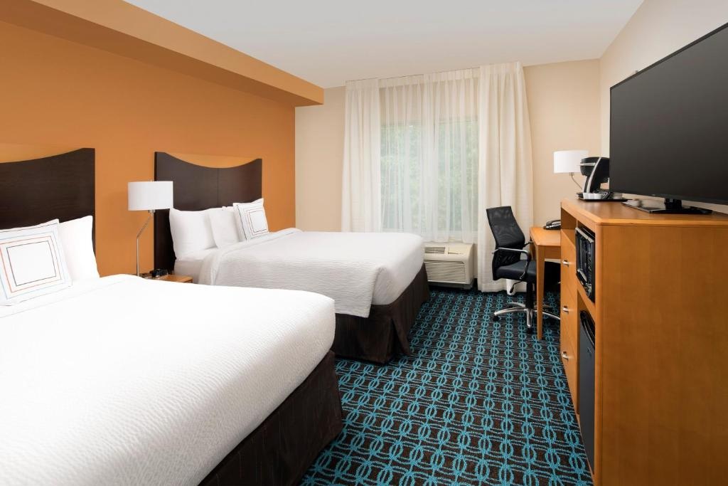 Fairfield InnWashington Washington DC DC Booking Best 2 Bedroom Hotel Suites In Washington Dc Style Property
