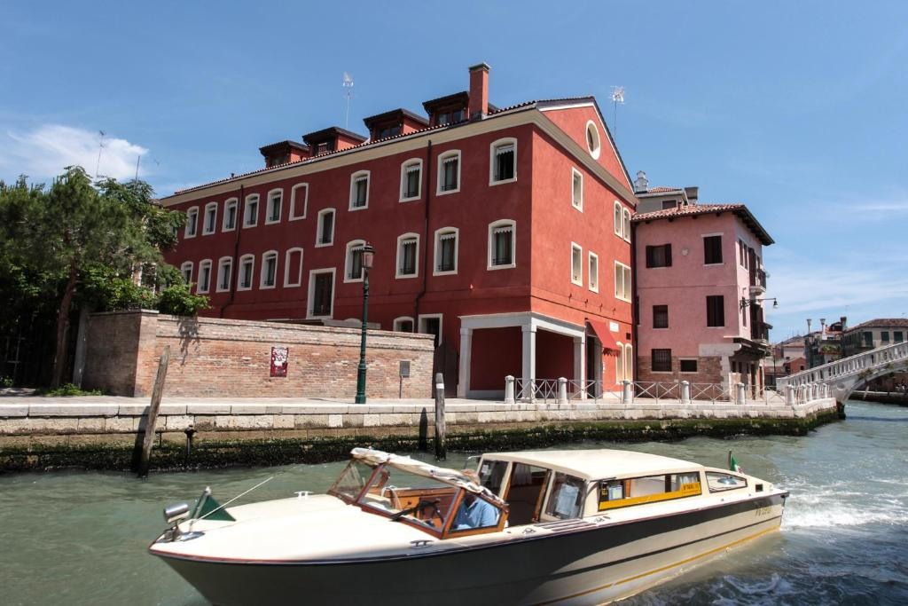 Hotel moresco venice italy for Reservation hotel italie