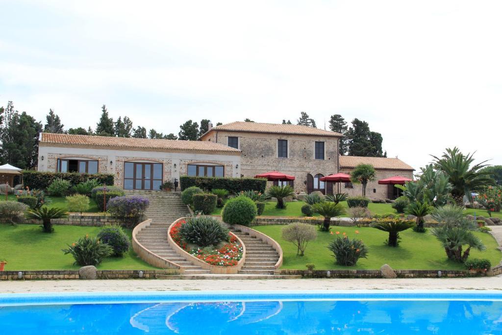 Nearby hotel : Villaggio Dolomiti Sul Mare
