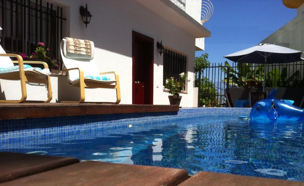 Casa con piscina privada bbq wifi puerto de la cruz for Alojamiento con piscina privada