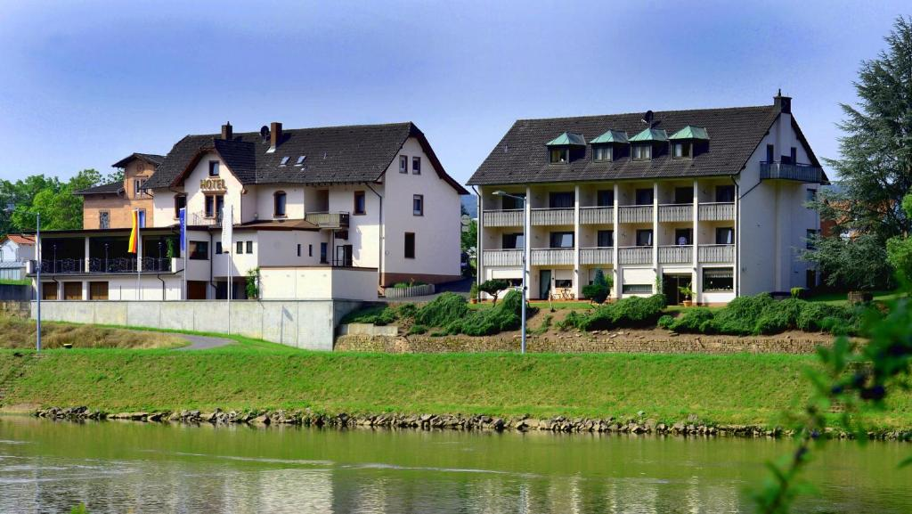 Hotel Schone Aussicht Deutschland Klingenberg Am Main Booking Com