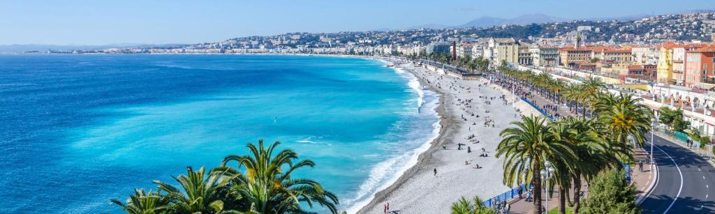 Luxury Car Rental in Nice