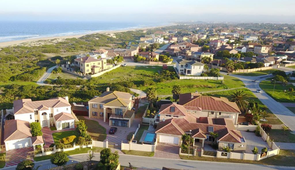 King guest lodge port elizabeth south africa - Beach hotel port elizabeth contact details ...