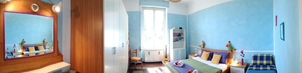 Hotel ❤ BLUE ROOM private SEA VIEW perfect location, Imperia, Italy ...