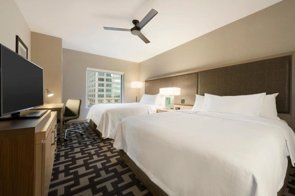 Hotel Homewood Suites by Hilton Chicago West Loop, IL - Booking.com