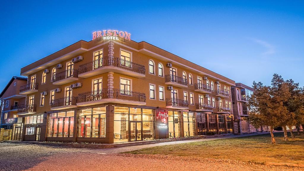 8a37fe89ede2d Отель Бристон (Россия Анапа) - Booking.com