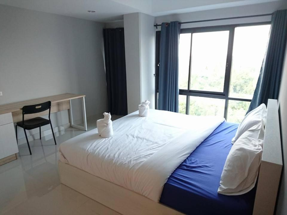 Hotels In Ban Khu Salot Phra Nakhon Si Ayutthaya Province