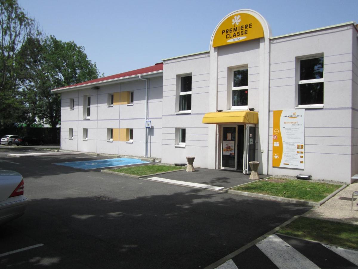 Hotels In Pontiacq-viellepinte Aquitaine