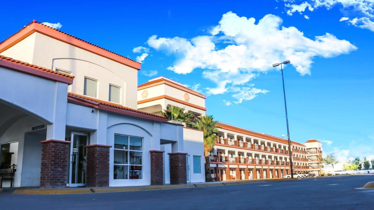 Hotels In Manuel F. Martínez Chihuahua