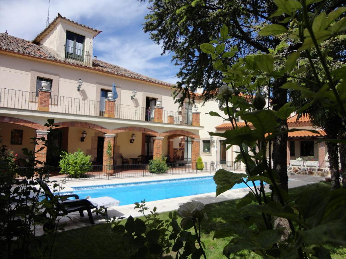 Hotels In Valcabado Castile And Leon