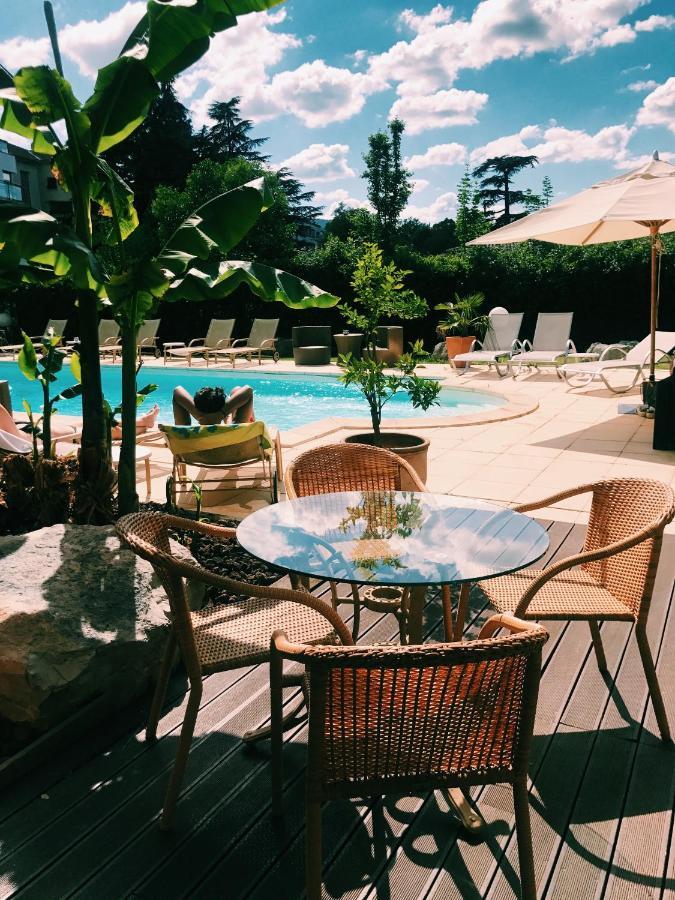 Hotels In Saint Martin Sur Lavezon Rhône-alps