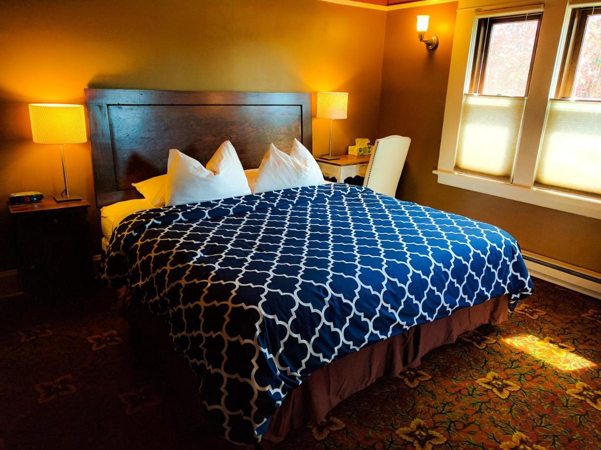 Hotels In Woodstock Oregon