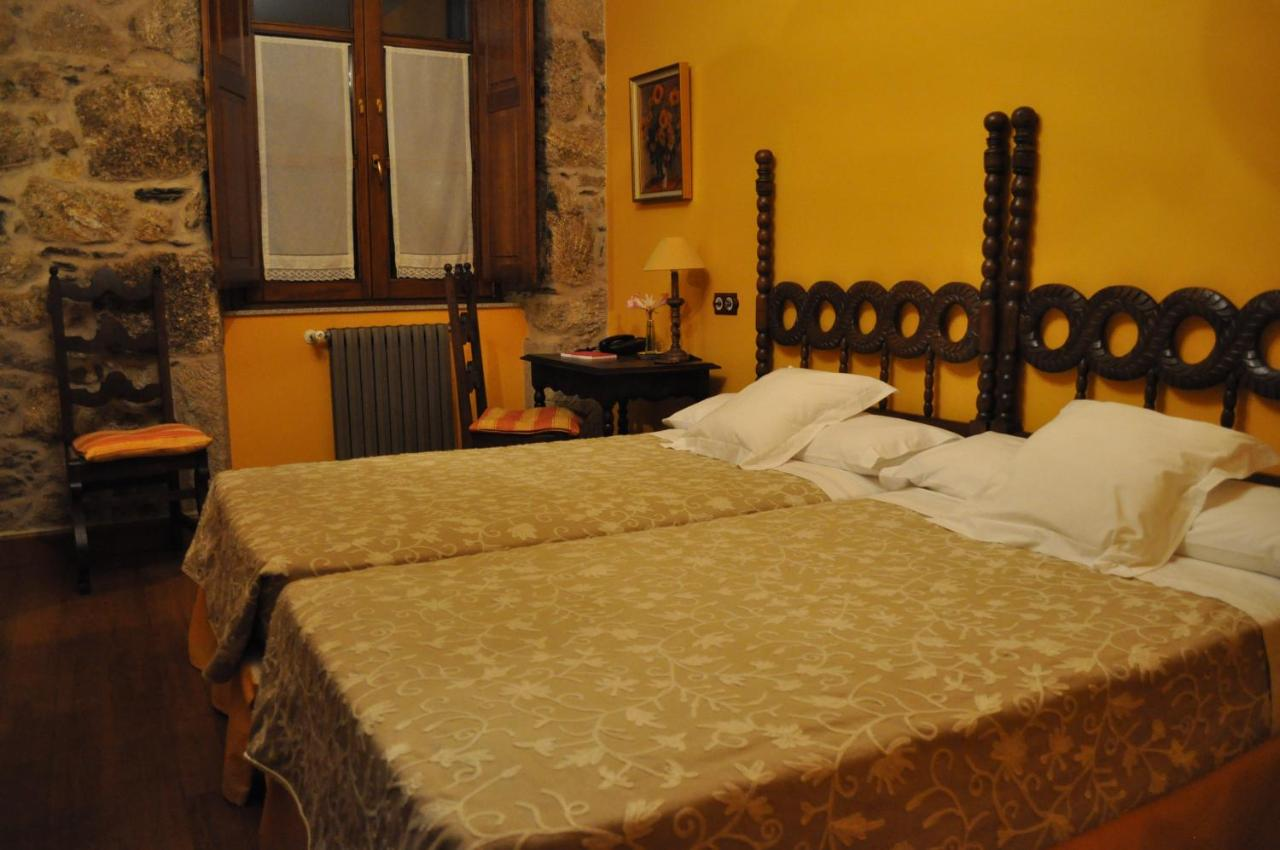 Hotels In Andeade Galicia