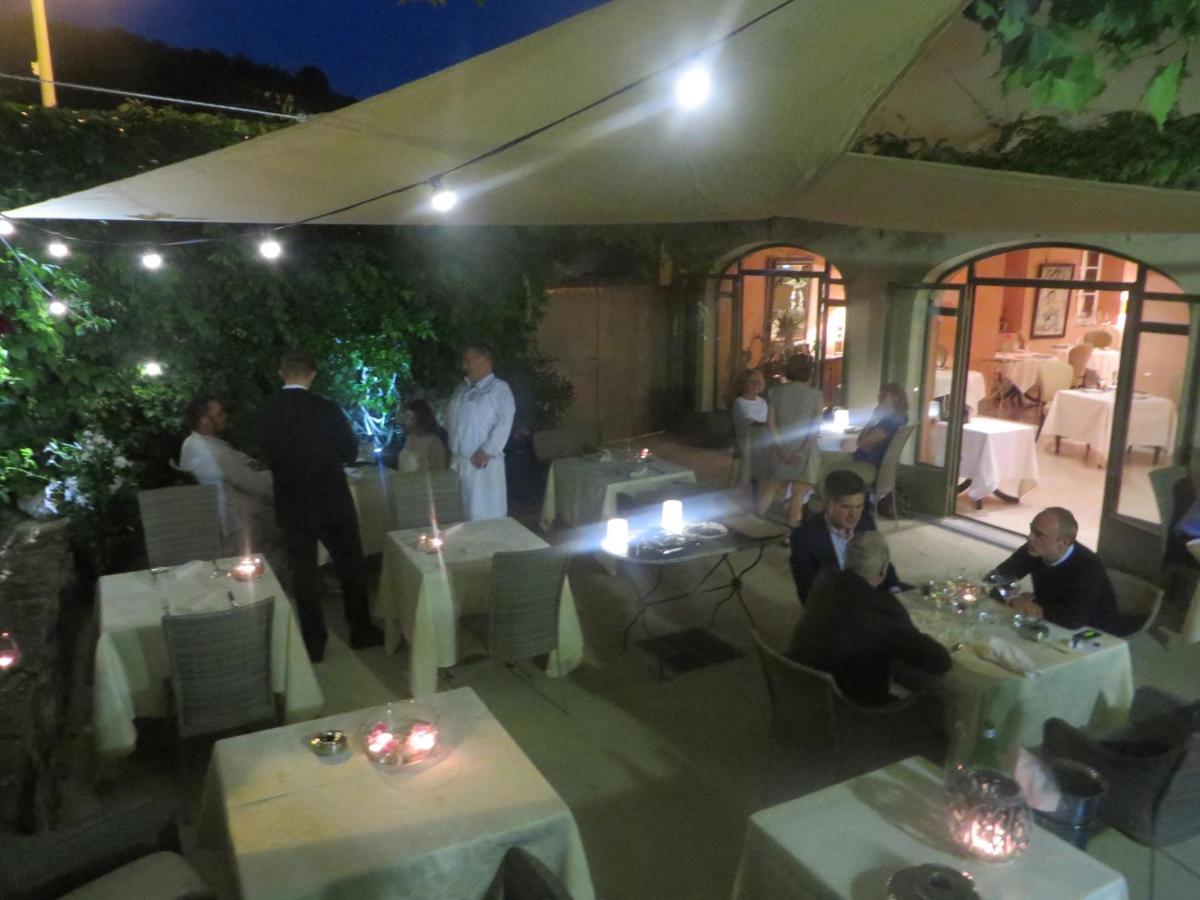 Hotel Restaurant Chartron (Frankreich Saint-Donat-sur-l'Herbasse ...